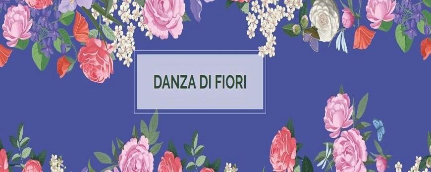 Immersi nell'atmosfera di un romantico giardino a primavera, sarà dolce scoprire le note e gli accenti di Rose, Viole, Peonie, Camelie, Iris, Papaveri e fiori di Ciliegio!